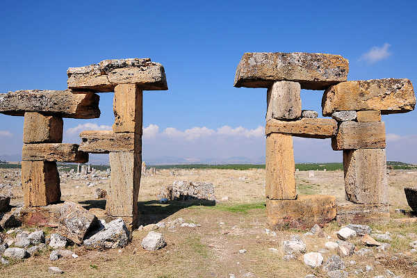 blaundus-ancient-city-usak-turkey