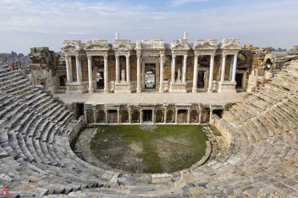 Hierapolis-ancient-theater-denizli-turkey
