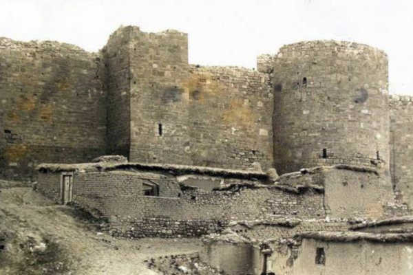 karaman-castle-turkey